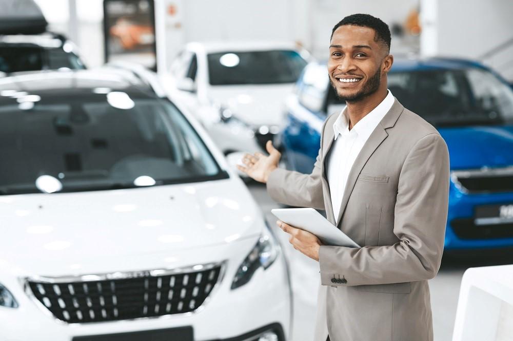 Prepaid maintenance programs communicate with customers